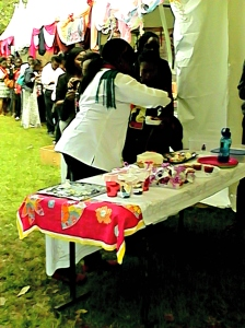People getting Cake
